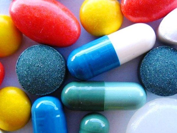 Таблетки большие